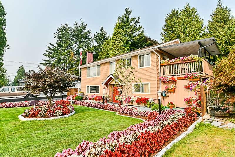 Detached at 9816 124A STREET, North Surrey, British Columbia. Image 3