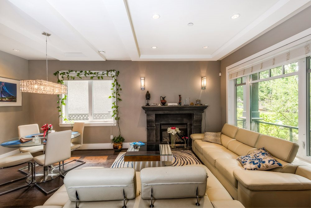 Detached at 3740 BEATRICE STREET, Vancouver East, British Columbia. Image 3