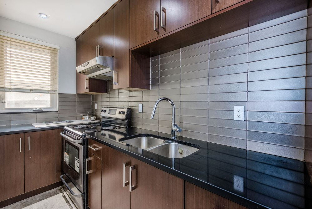 Detached at 3740 BEATRICE STREET, Vancouver East, British Columbia. Image 7