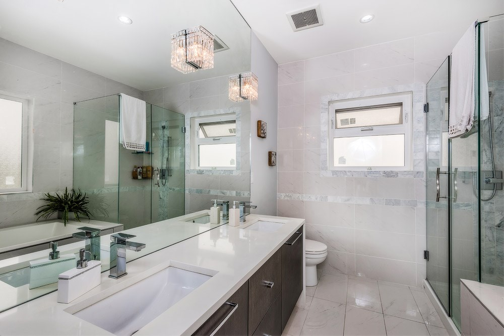 Detached at 3740 BEATRICE STREET, Vancouver East, British Columbia. Image 11