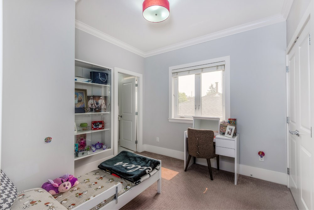 Detached at 3740 BEATRICE STREET, Vancouver East, British Columbia. Image 12