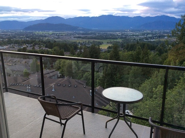 Detached at 46897 SYLVAN DRIVE, Sardis, British Columbia. Image 20