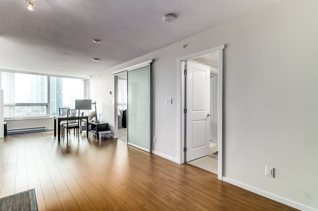 Condo Apartment at 1706 6658 DOW AVENUE, Unit 1706, Burnaby South, British Columbia. Image 5