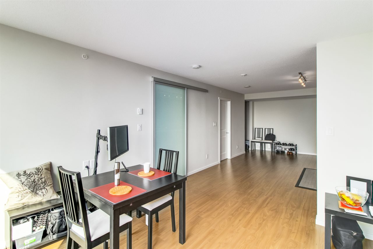 Condo Apartment at 1706 6658 DOW AVENUE, Unit 1706, Burnaby South, British Columbia. Image 6