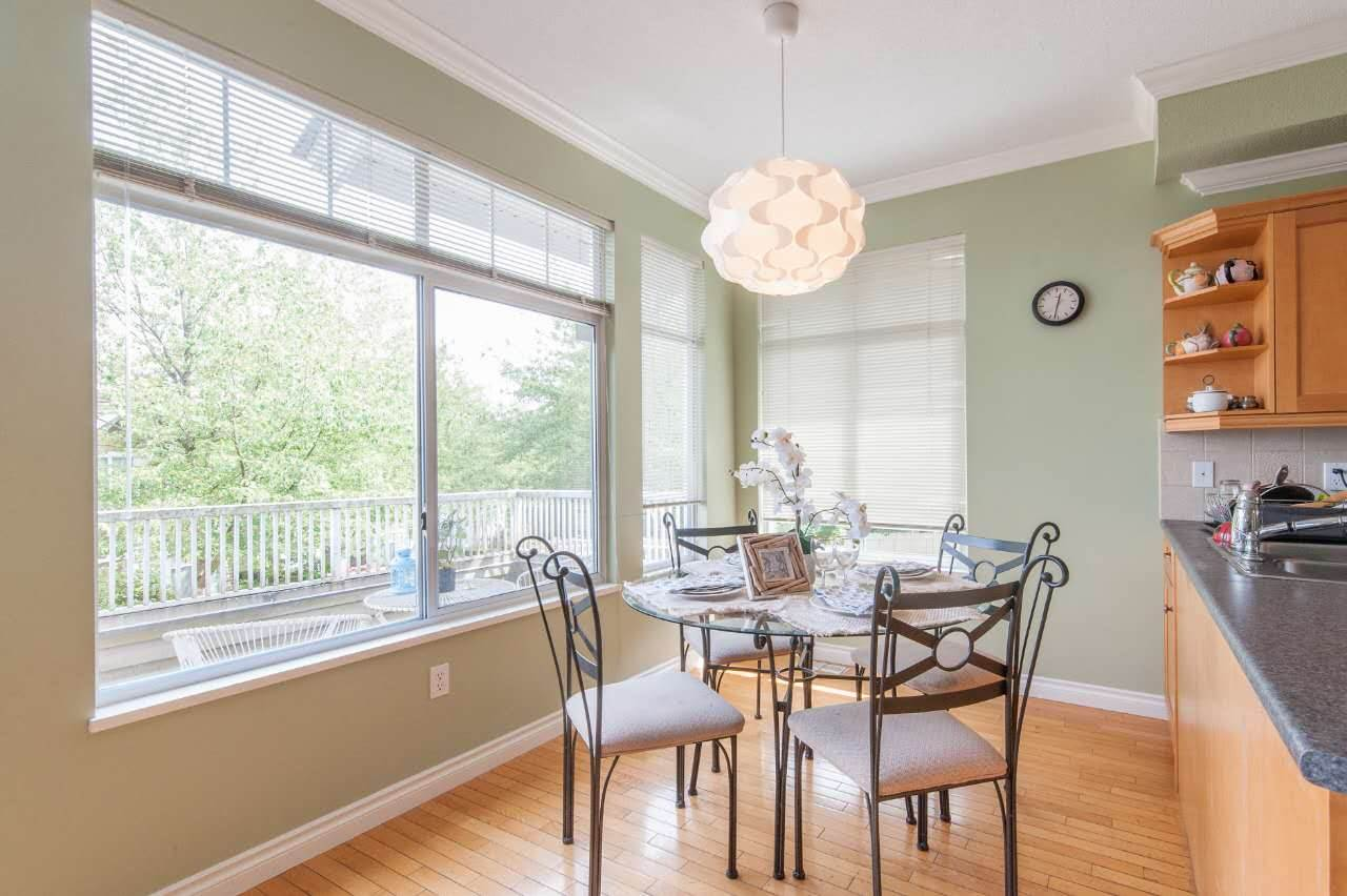 Townhouse at 4 5298 OAKMOUNT CRESCENT, Unit 4, Burnaby South, British Columbia. Image 10