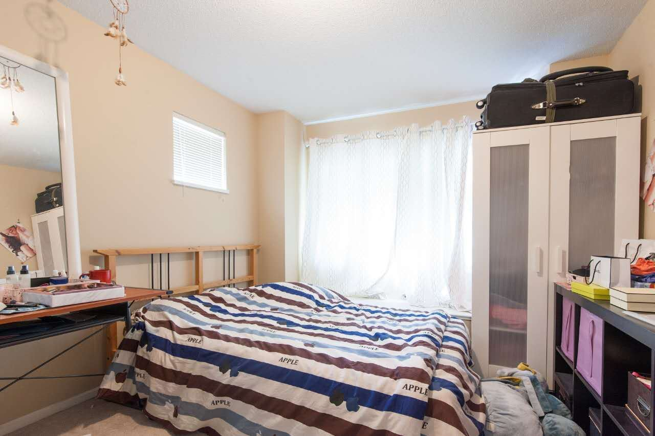 Townhouse at 4 5298 OAKMOUNT CRESCENT, Unit 4, Burnaby South, British Columbia. Image 14