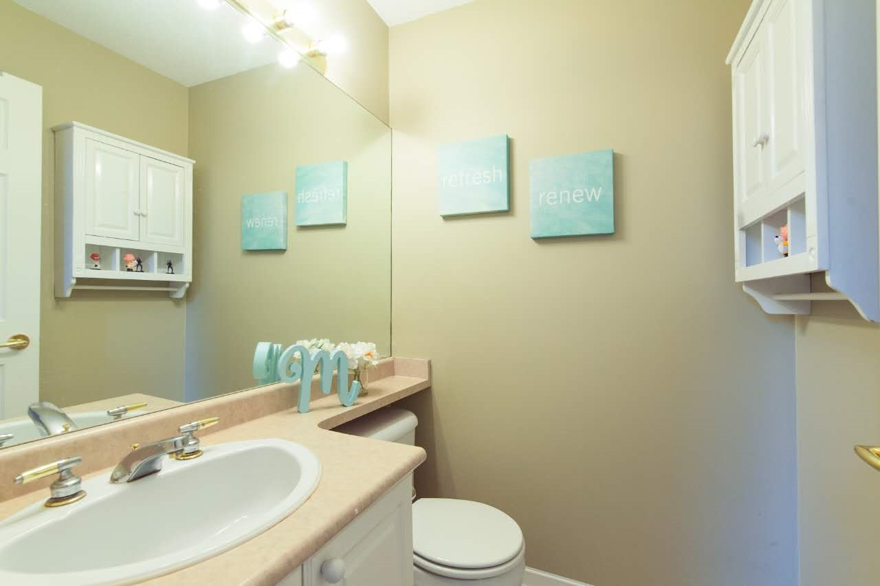 Townhouse at 4 5298 OAKMOUNT CRESCENT, Unit 4, Burnaby South, British Columbia. Image 17