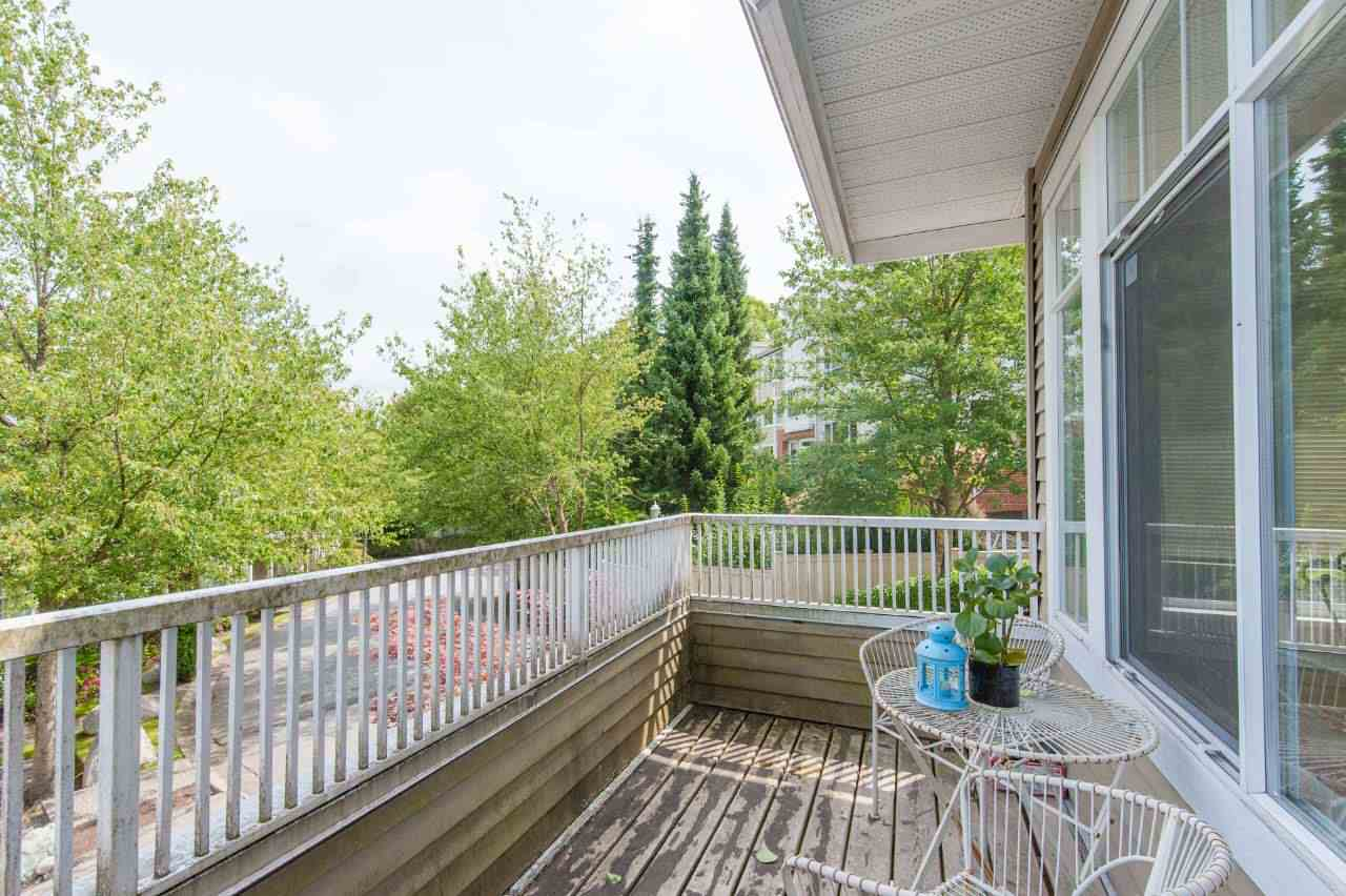 Townhouse at 4 5298 OAKMOUNT CRESCENT, Unit 4, Burnaby South, British Columbia. Image 18