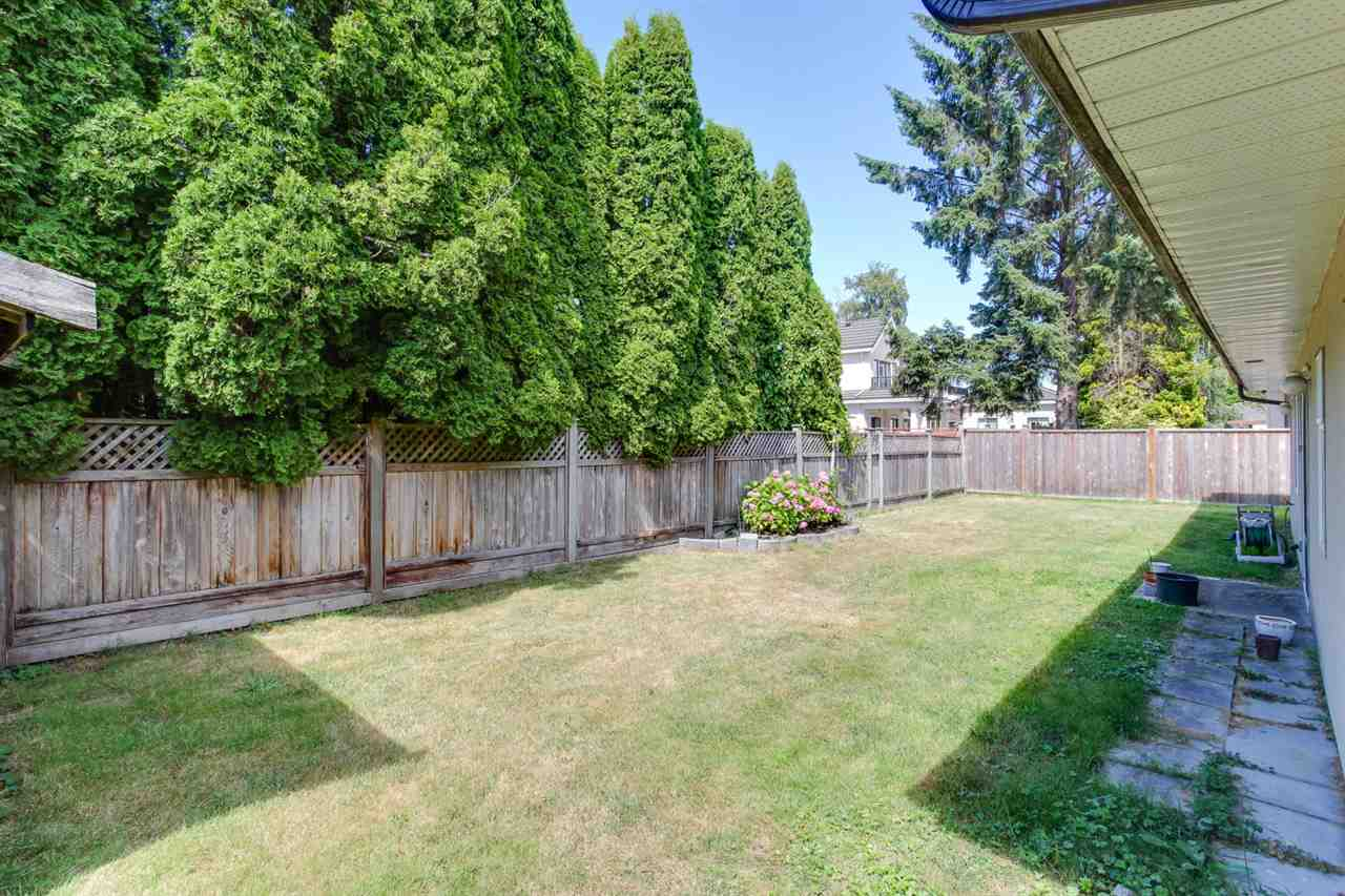 Detached at 6351 COLTSFOOT DRIVE, Richmond, British Columbia. Image 17