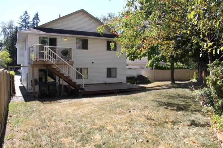Detached at 9580 215A STREET, Langley, British Columbia. Image 19