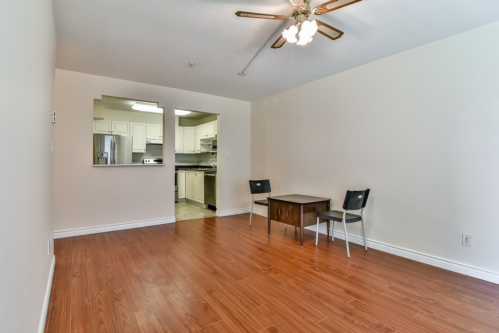 Condo Apartment at 112 12733 72 AVENUE, Unit 112, Surrey, British Columbia. Image 4
