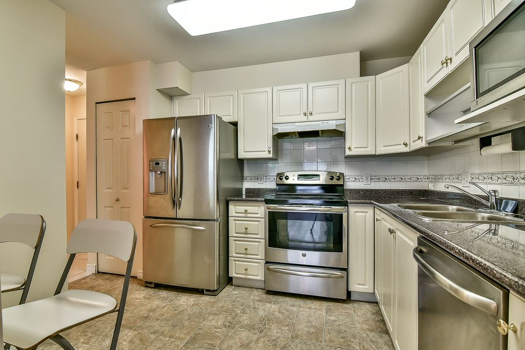 Condo Apartment at 112 12733 72 AVENUE, Unit 112, Surrey, British Columbia. Image 8