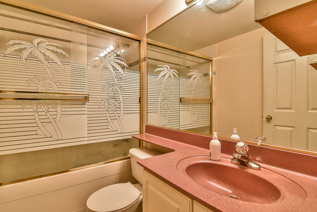 Condo Apartment at 112 12733 72 AVENUE, Unit 112, Surrey, British Columbia. Image 11