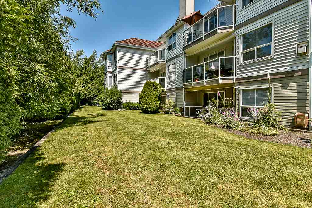 Condo Apartment at 112 12733 72 AVENUE, Unit 112, Surrey, British Columbia. Image 18