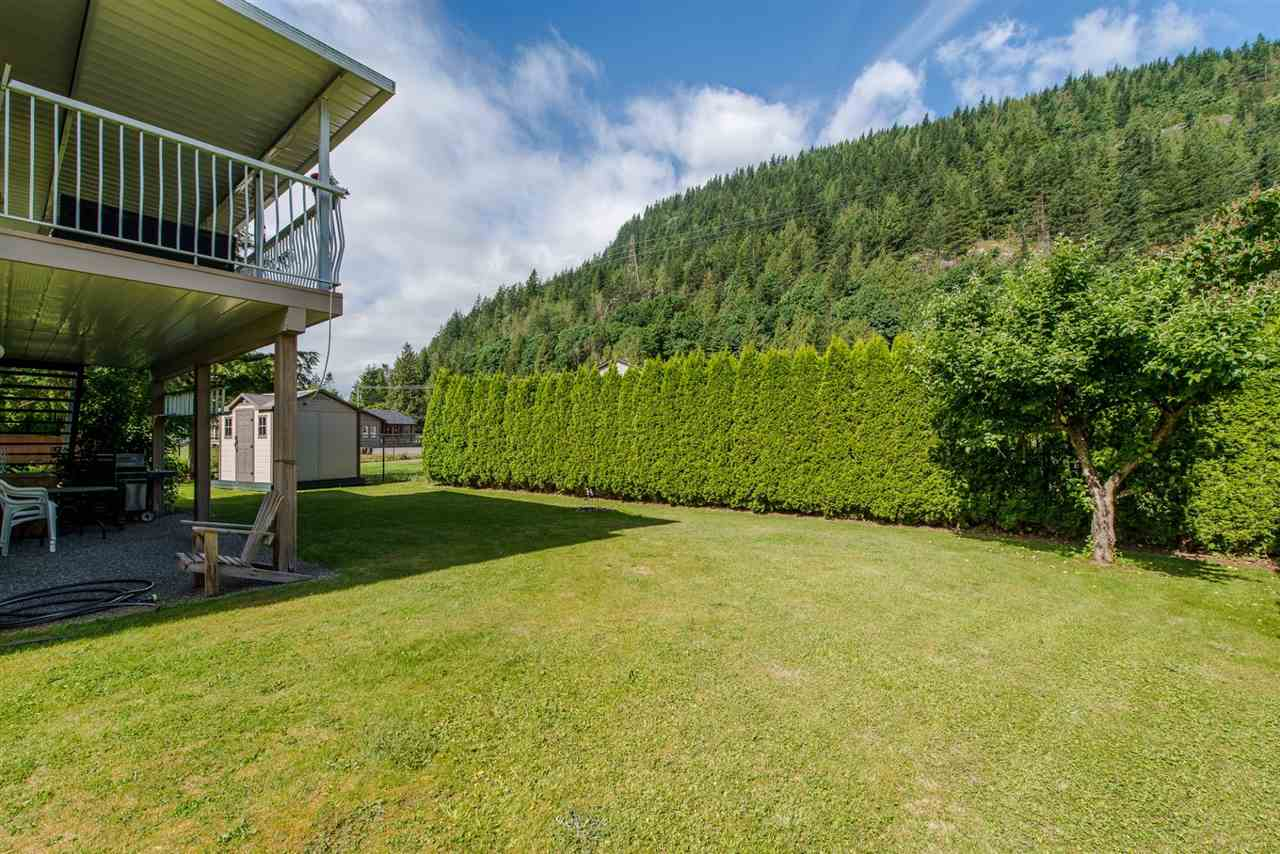 Detached at 868 HOPE PLACE, Harrison Hot Springs, British Columbia. Image 18