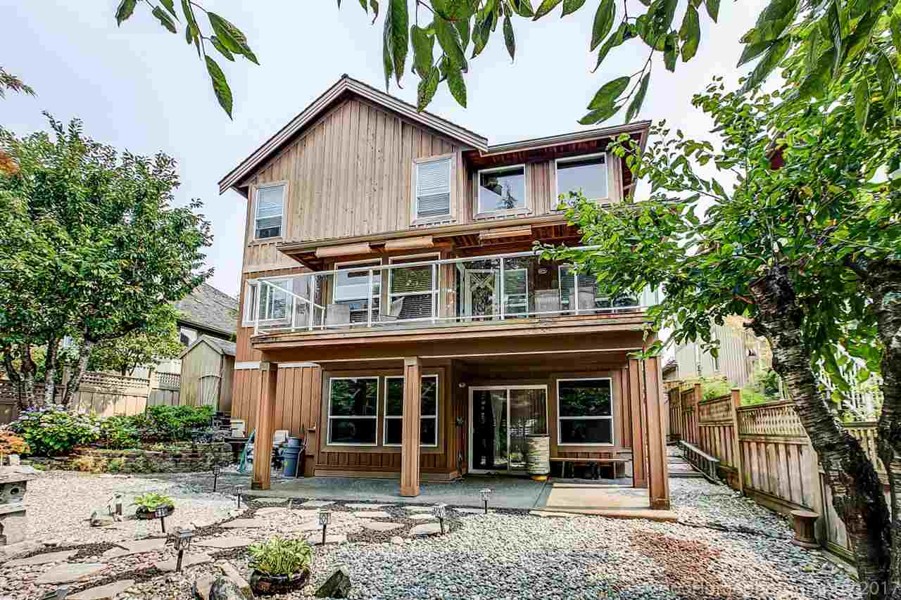 Detached at 15381 SEQUOIA DRIVE, Surrey, British Columbia. Image 16