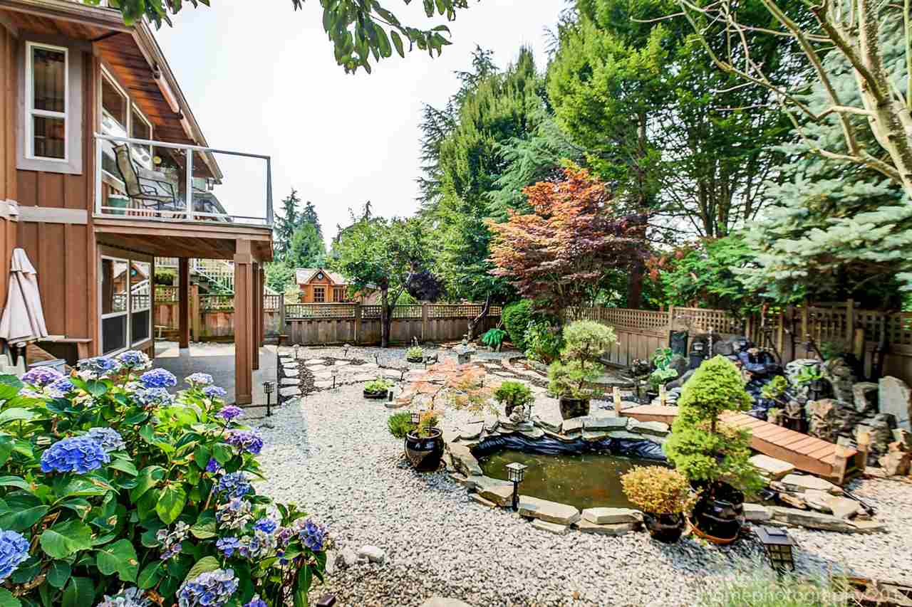Detached at 15381 SEQUOIA DRIVE, Surrey, British Columbia. Image 19