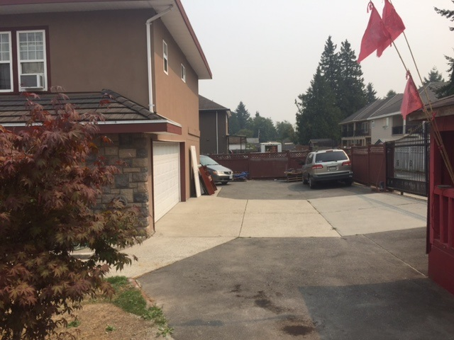 Detached at 12410 96 AVENUE, Surrey, British Columbia. Image 14