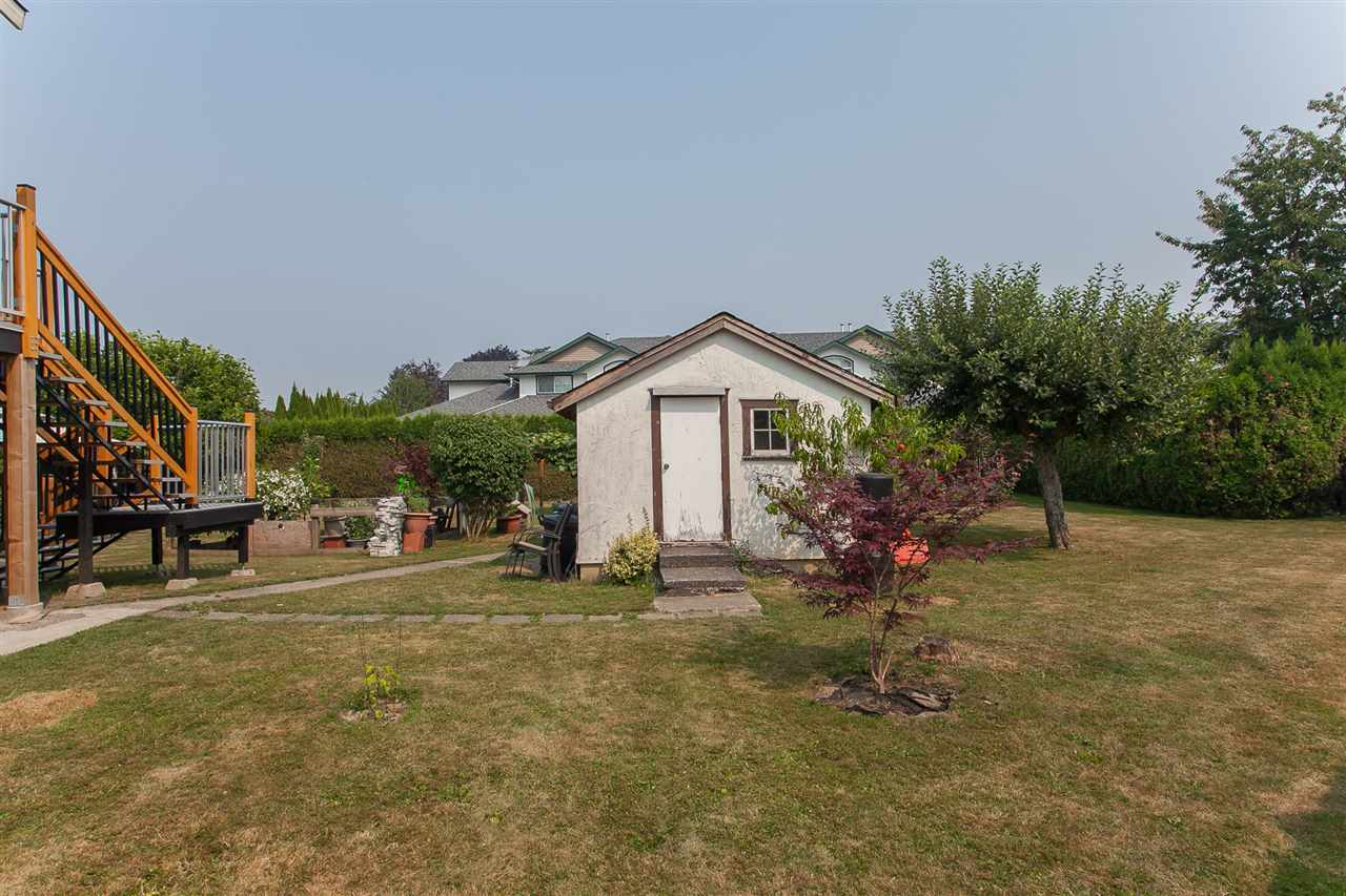 Detached at 9690 HILLIER STREET, Chilliwack, British Columbia. Image 17