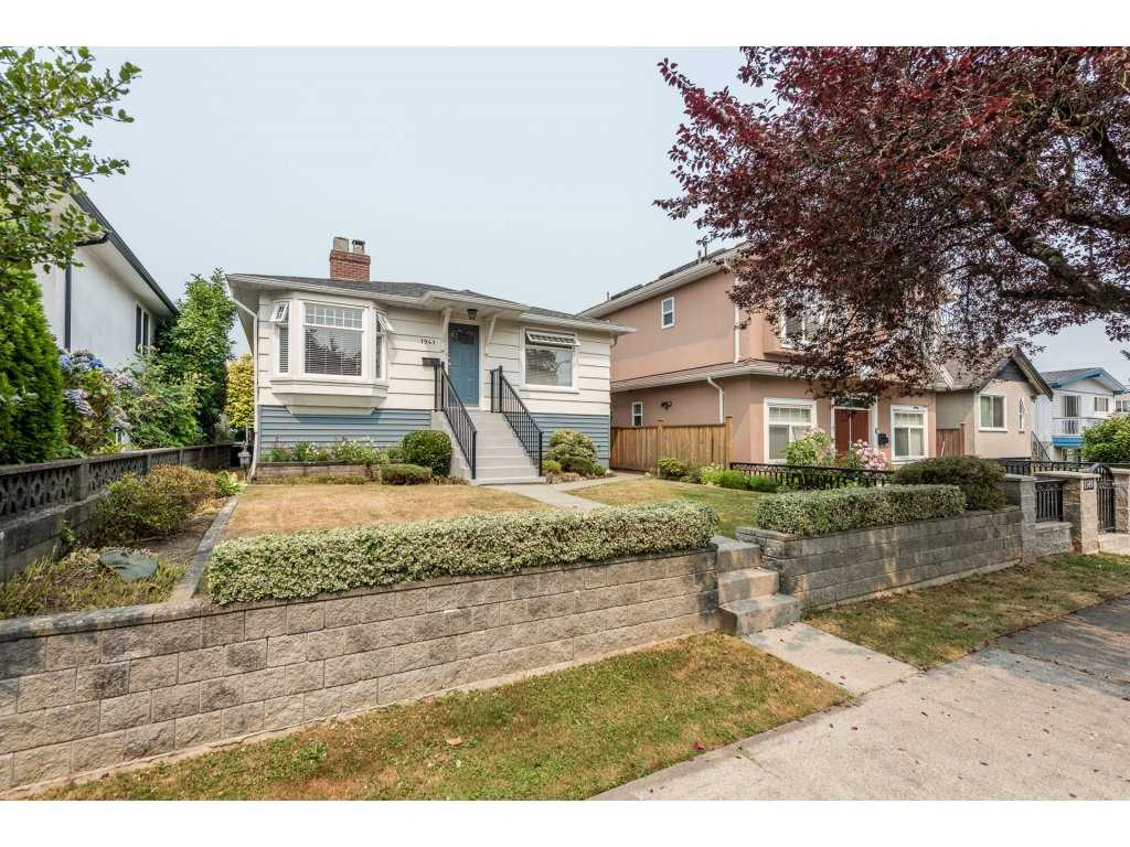 Detached at 1941 E 39TH AVENUE, Vancouver East, British Columbia. Image 2