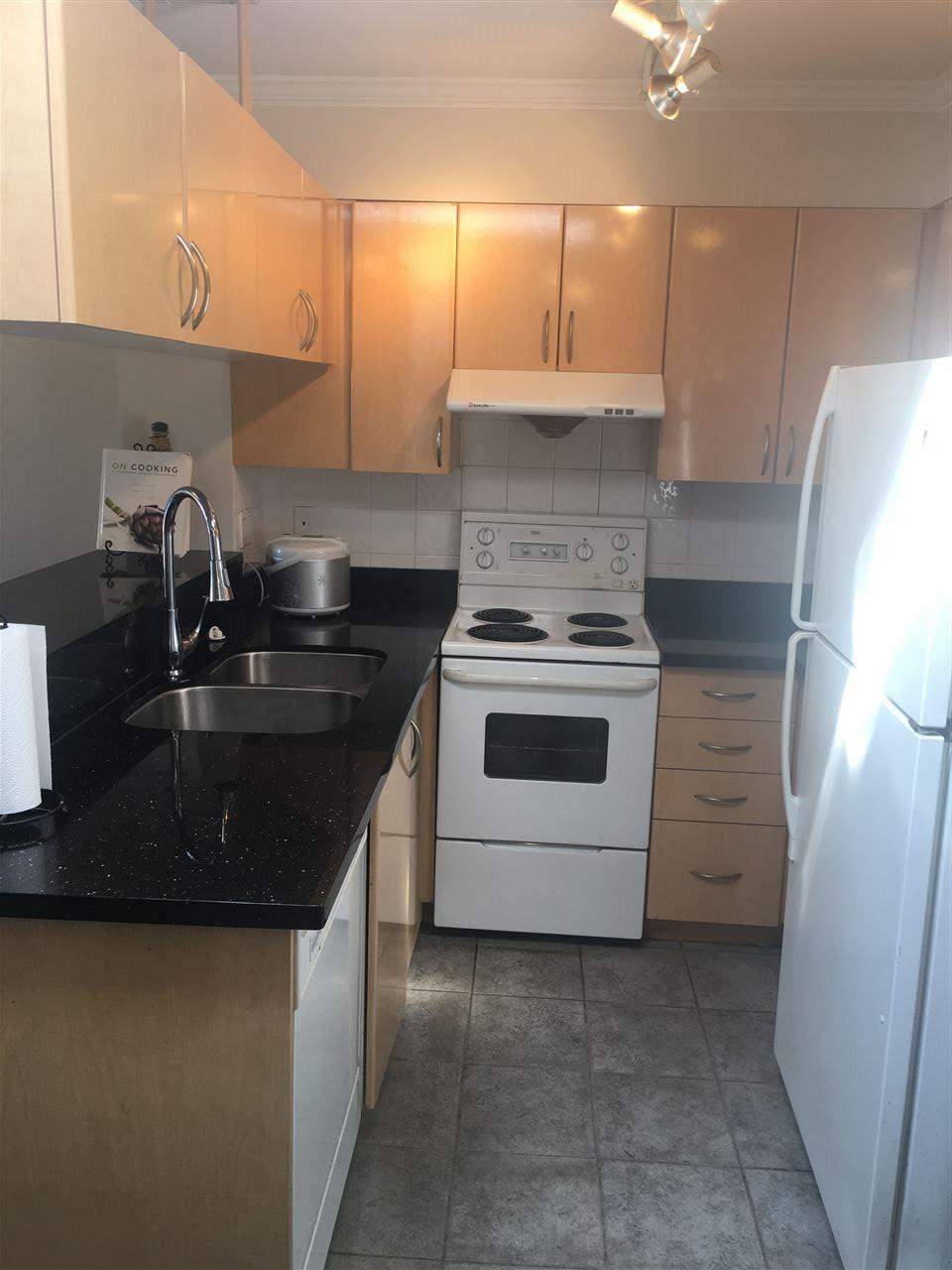 Condo Apartment at PH3 1503 W 66TH AVENUE, Unit PH3, Vancouver West, British Columbia. Image 3