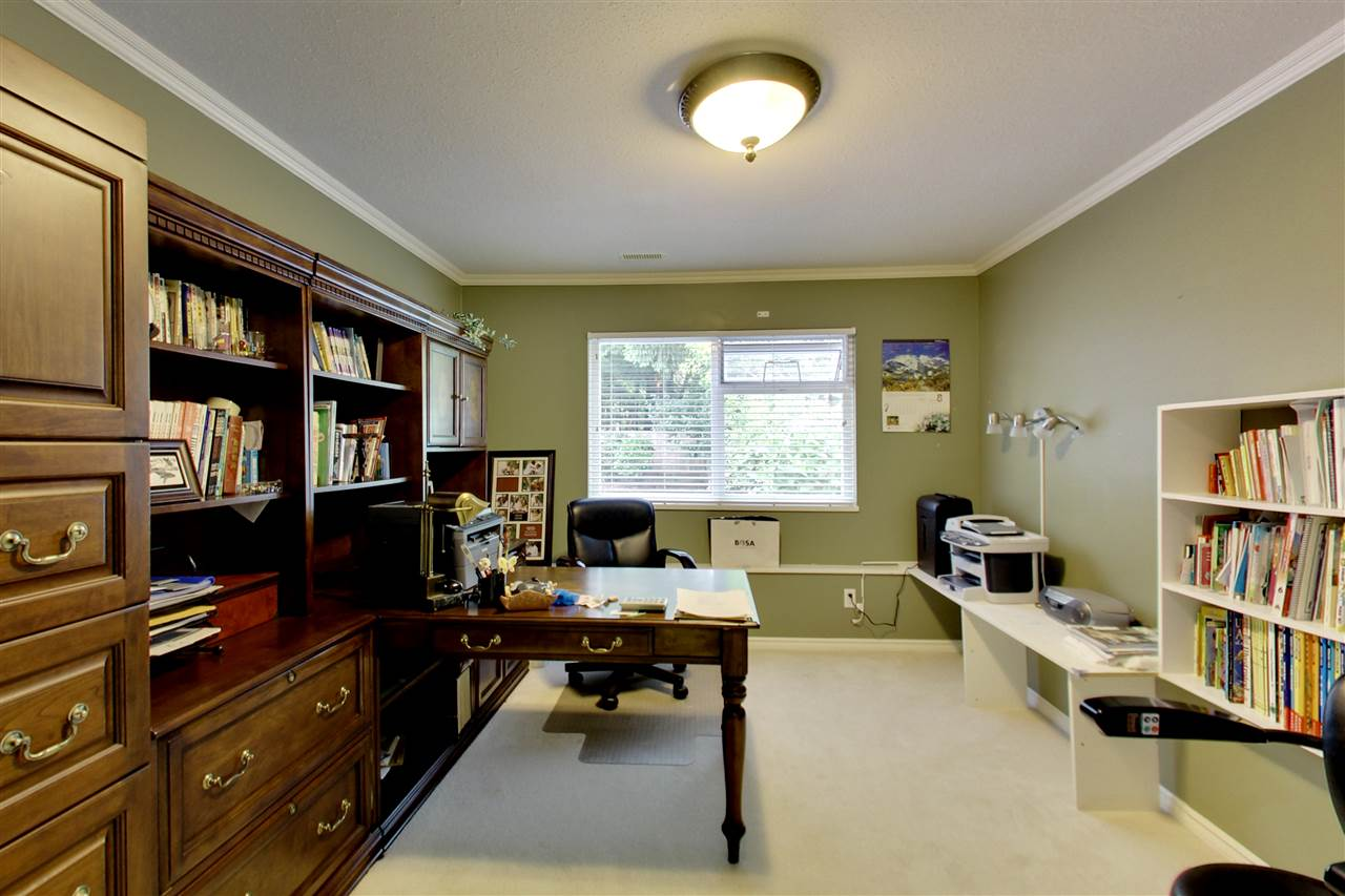 Detached at 11441 COMMONWEALTH CRESCENT, N. Delta, British Columbia. Image 10