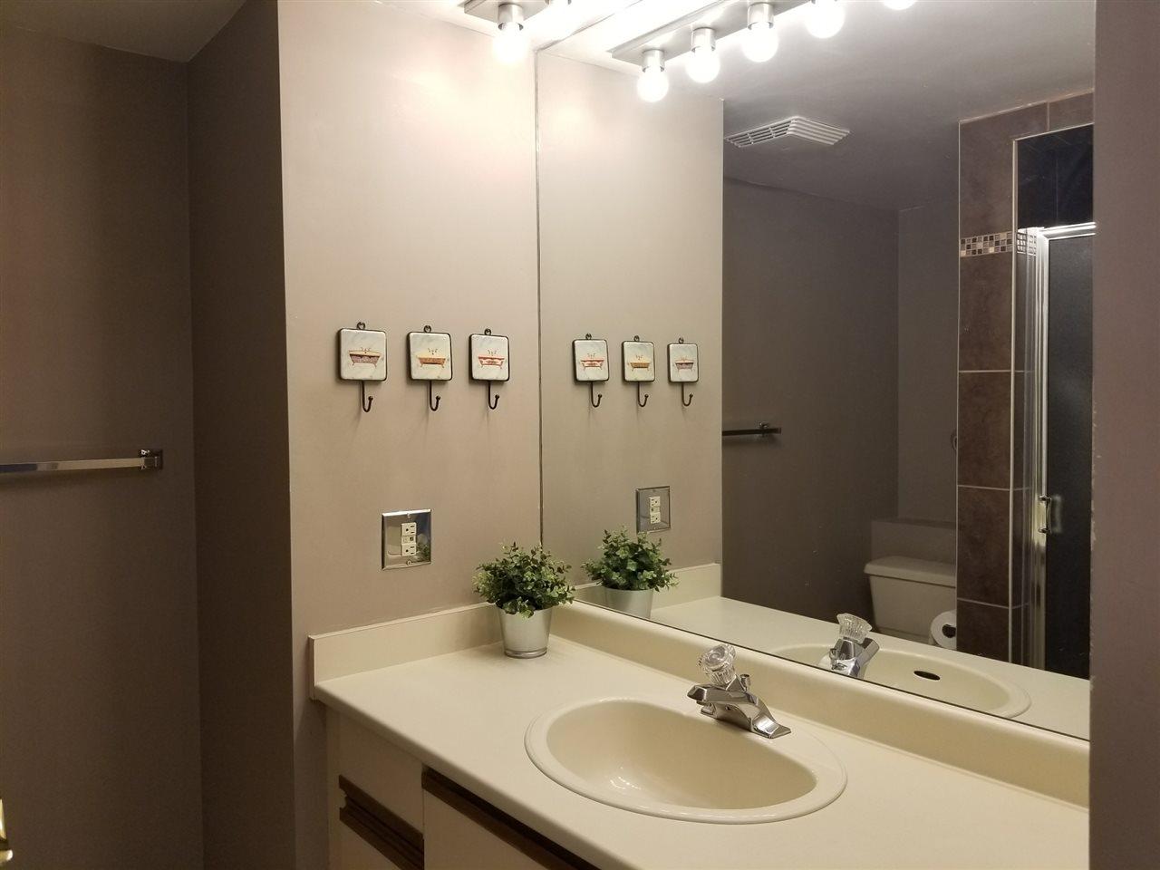 Condo Apartment at 1211 6631 MINORU BOULEVARD, Unit 1211, Richmond, British Columbia. Image 14