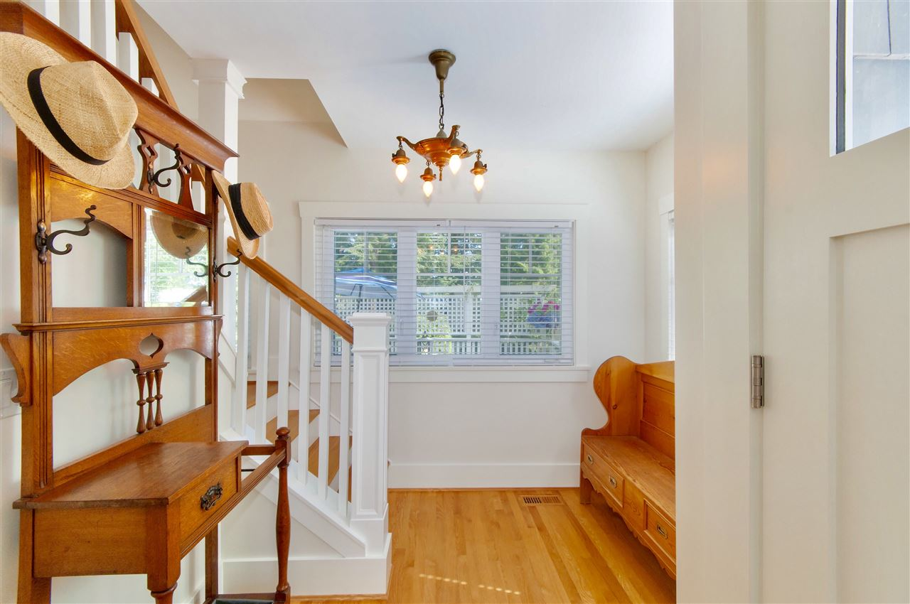 Detached at 1810 29TH STREET, West Vancouver, British Columbia. Image 5