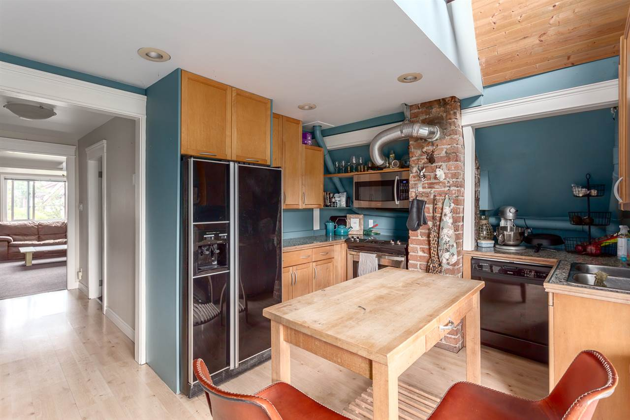 Detached at 1232 VICTORIA DRIVE, Vancouver East, British Columbia. Image 8