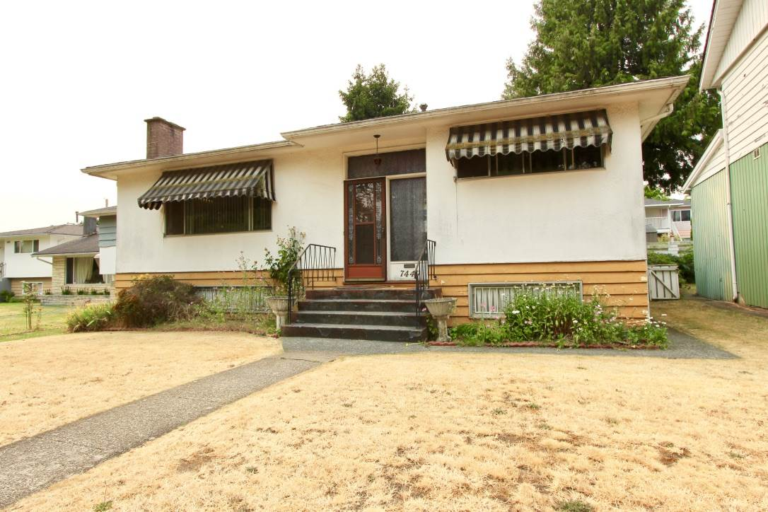 Detached at 7449 GATINEAU PLACE, Vancouver East, British Columbia. Image 1