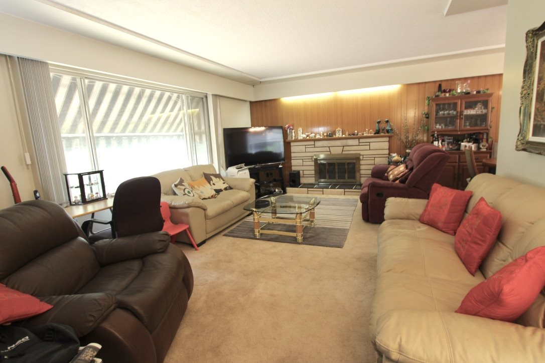 Detached at 7449 GATINEAU PLACE, Vancouver East, British Columbia. Image 3