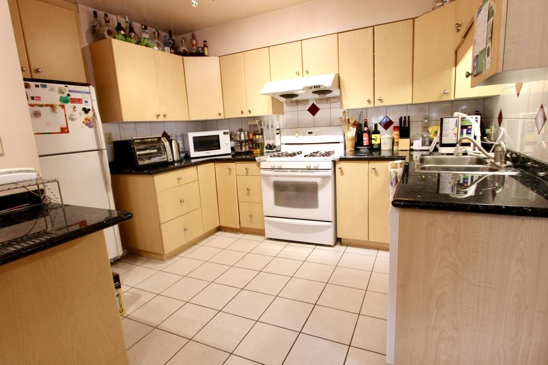 Detached at 7449 GATINEAU PLACE, Vancouver East, British Columbia. Image 5