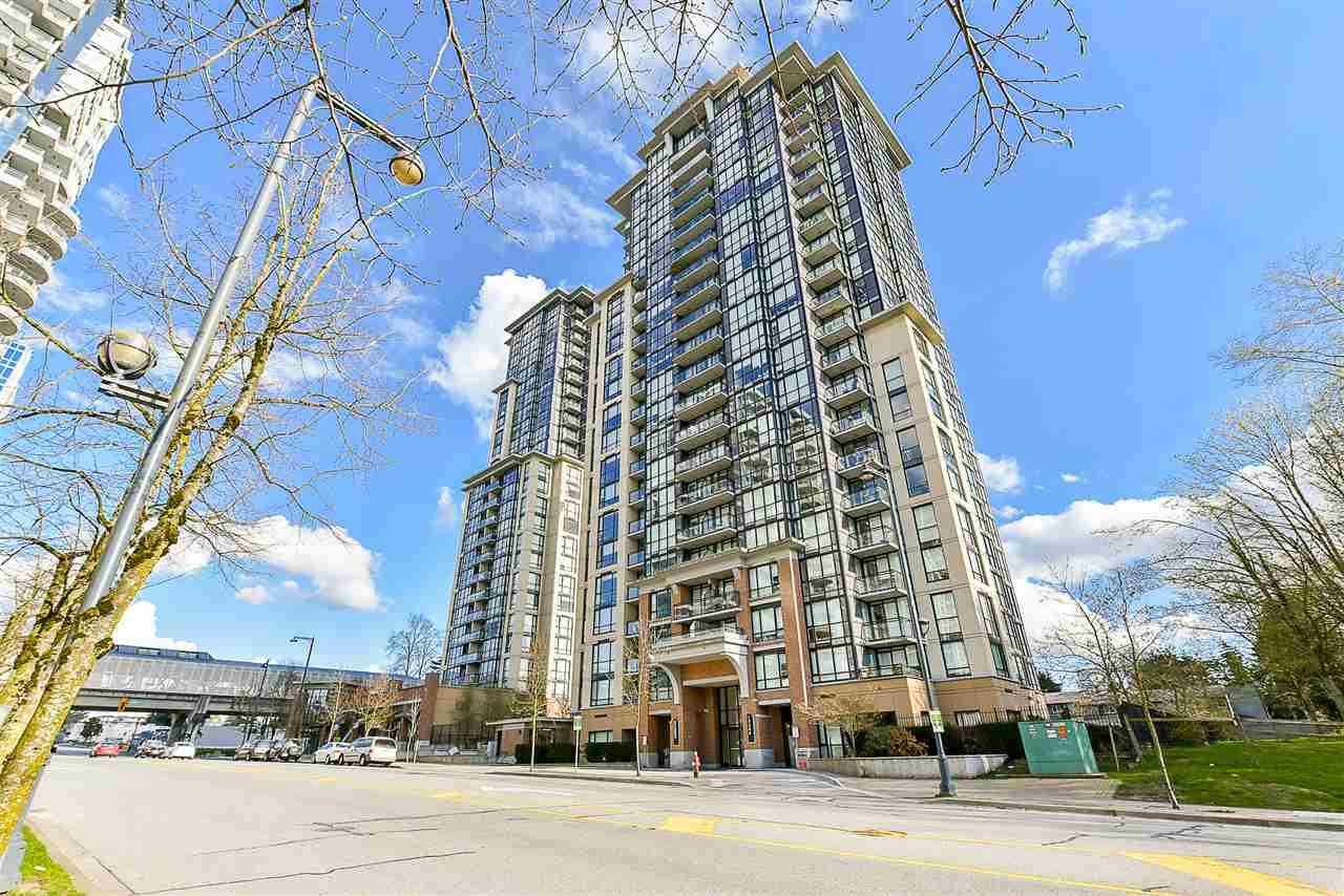 Condo Apartment at 1208 13380 108 AVENUE, Unit 1208, North Surrey, British Columbia. Image 4