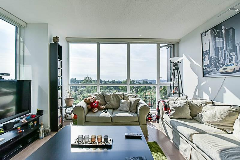 Condo Apartment at 1208 13380 108 AVENUE, Unit 1208, North Surrey, British Columbia. Image 9
