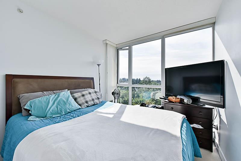 Condo Apartment at 1208 13380 108 AVENUE, Unit 1208, North Surrey, British Columbia. Image 12