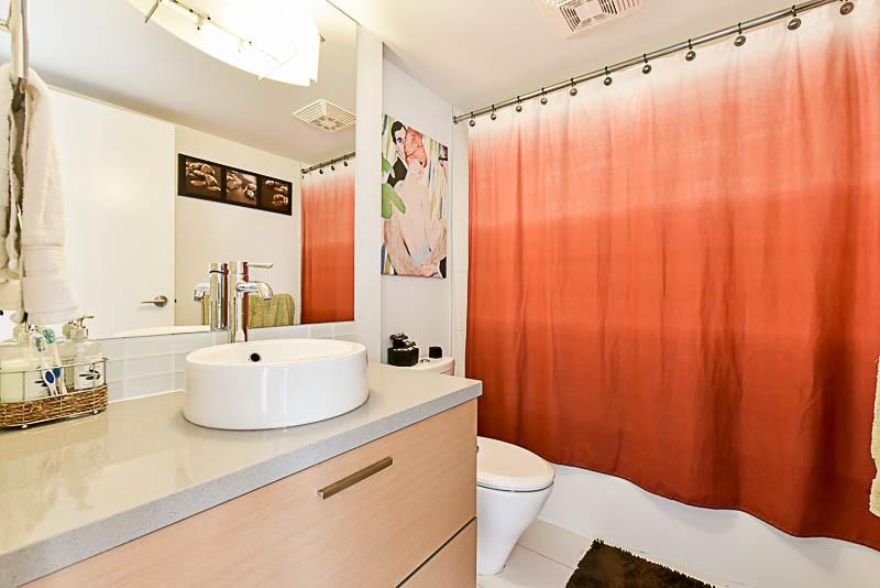 Condo Apartment at 1208 13380 108 AVENUE, Unit 1208, North Surrey, British Columbia. Image 14