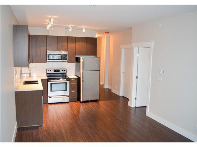 Condo Apartment at 407 2351 KELLY AVENUE, Unit 407, Port Coquitlam, British Columbia. Image 2