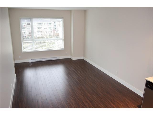 Condo Apartment at 407 2351 KELLY AVENUE, Unit 407, Port Coquitlam, British Columbia. Image 4