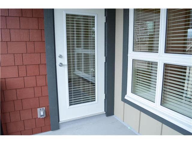 Condo Apartment at 407 2351 KELLY AVENUE, Unit 407, Port Coquitlam, British Columbia. Image 6