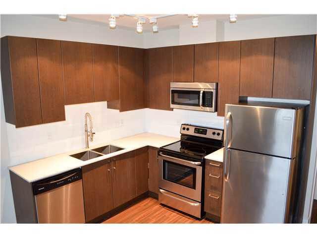 Condo Apartment at 407 2351 KELLY AVENUE, Unit 407, Port Coquitlam, British Columbia. Image 8