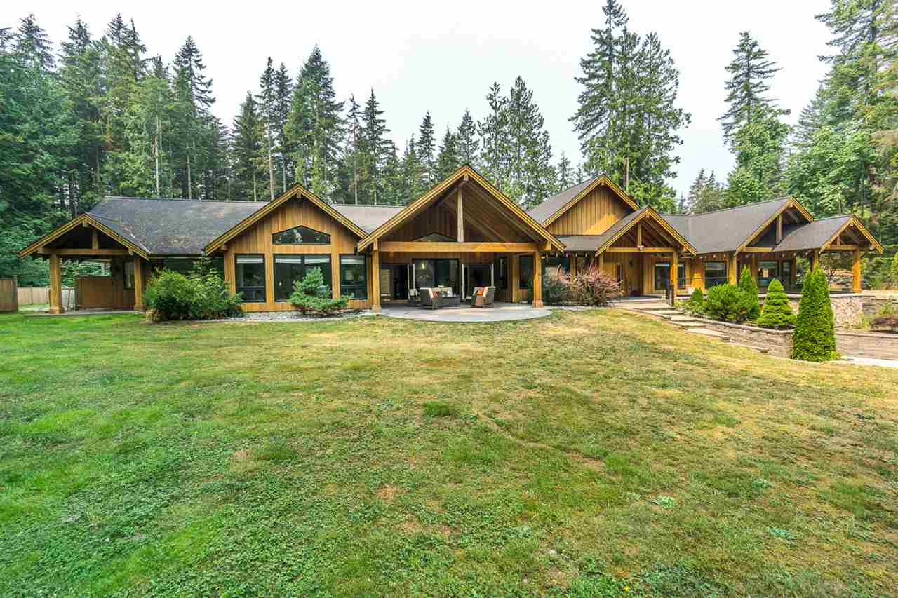 Detached at 11295 284 STREET, Maple Ridge, British Columbia. Image 2