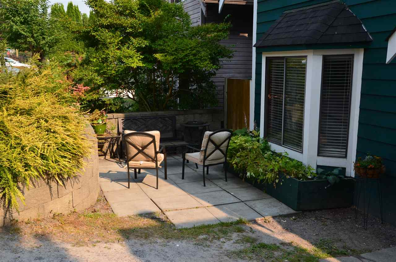 Detached at 19952 68 AVENUE, Langley, British Columbia. Image 2