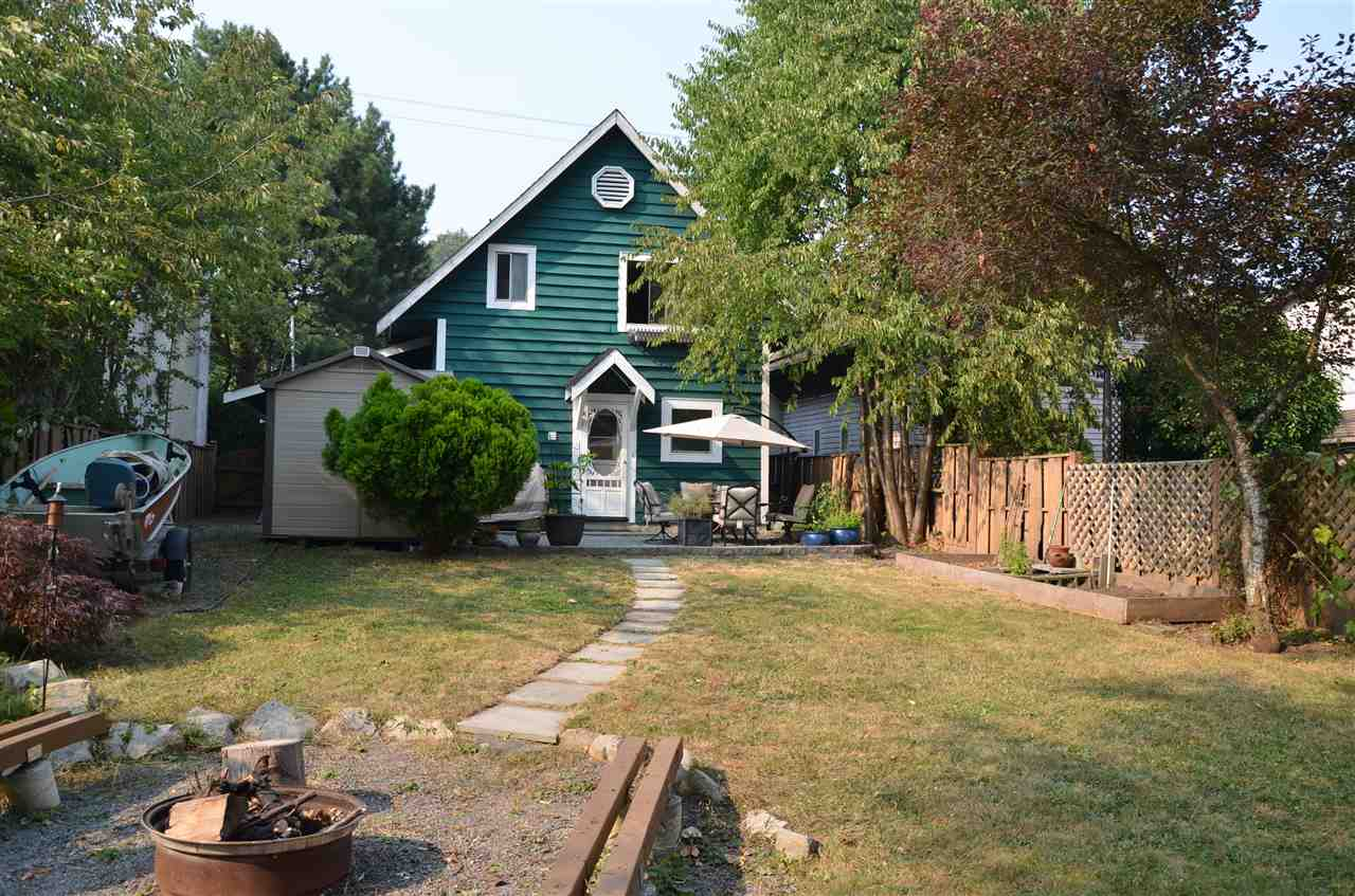 Detached at 19952 68 AVENUE, Langley, British Columbia. Image 3