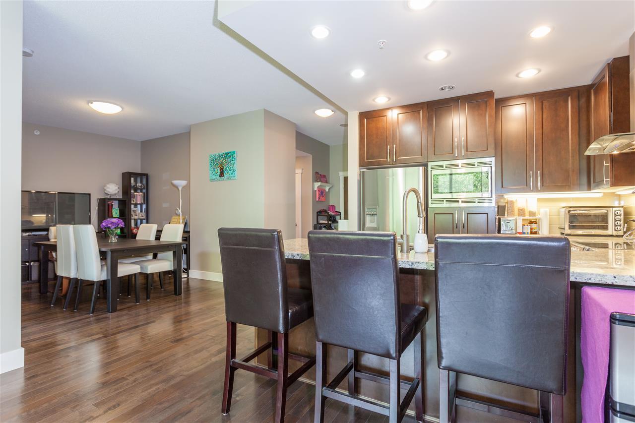 Condo Apartment at 607 1415 PARKWAY BOULEVARD, Unit 607, Coquitlam, British Columbia. Image 3