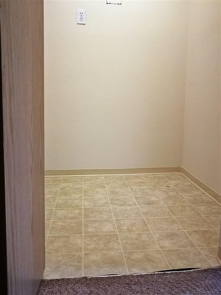 Condo Apartment at 311 8400 LANSDOWNE ROAD, Unit 311, Richmond, British Columbia. Image 10