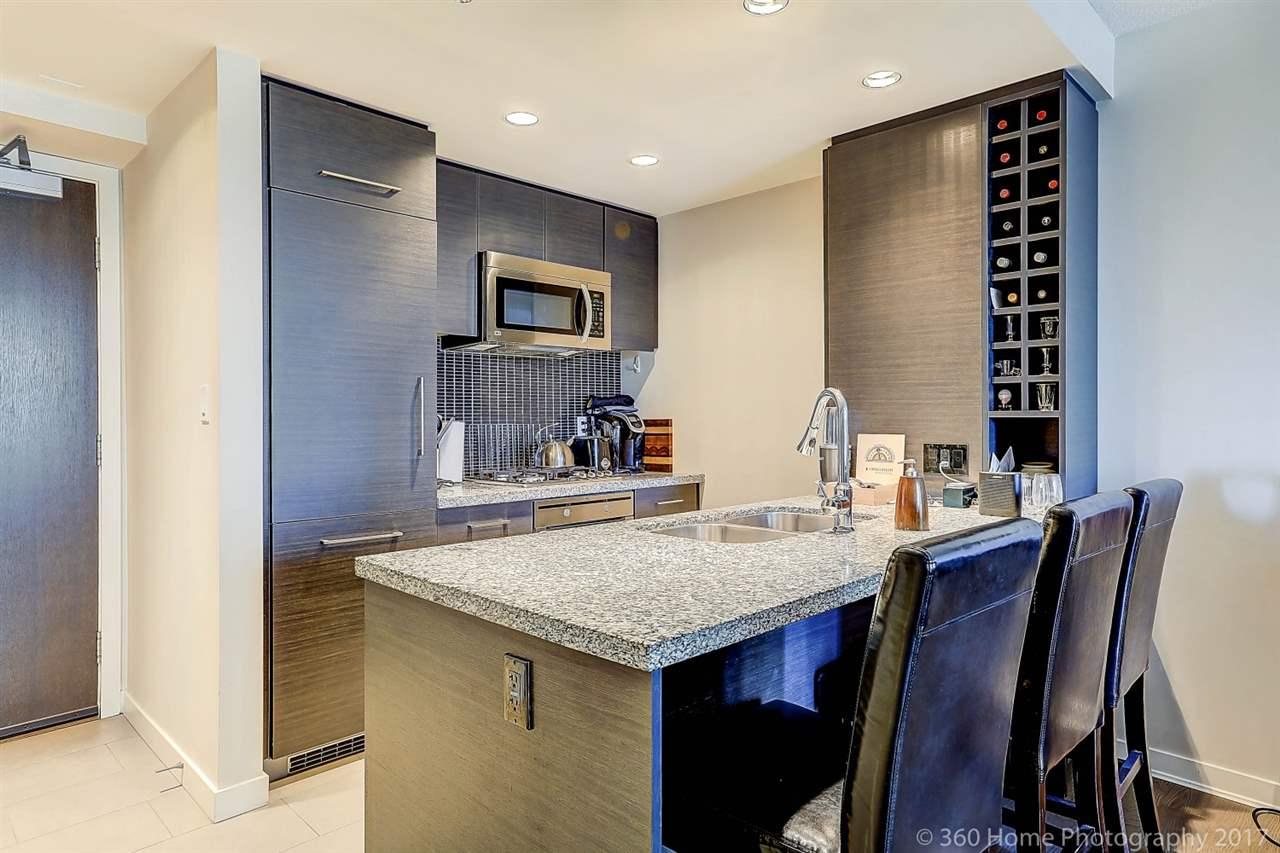 Condo Apartment at 611 833 HOMER STREET, Unit 611, Vancouver West, British Columbia. Image 2