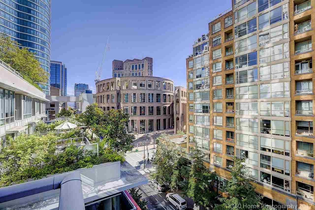 Condo Apartment at 611 833 HOMER STREET, Unit 611, Vancouver West, British Columbia. Image 11