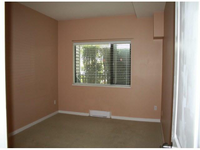 Condo Apartment at 120 10866 CITY PARKWAY, Unit 120, North Surrey, British Columbia. Image 9
