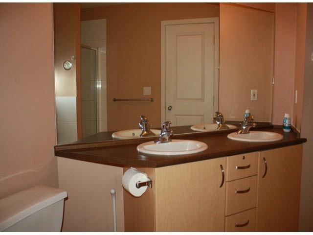 Condo Apartment at 120 10866 CITY PARKWAY, Unit 120, North Surrey, British Columbia. Image 13