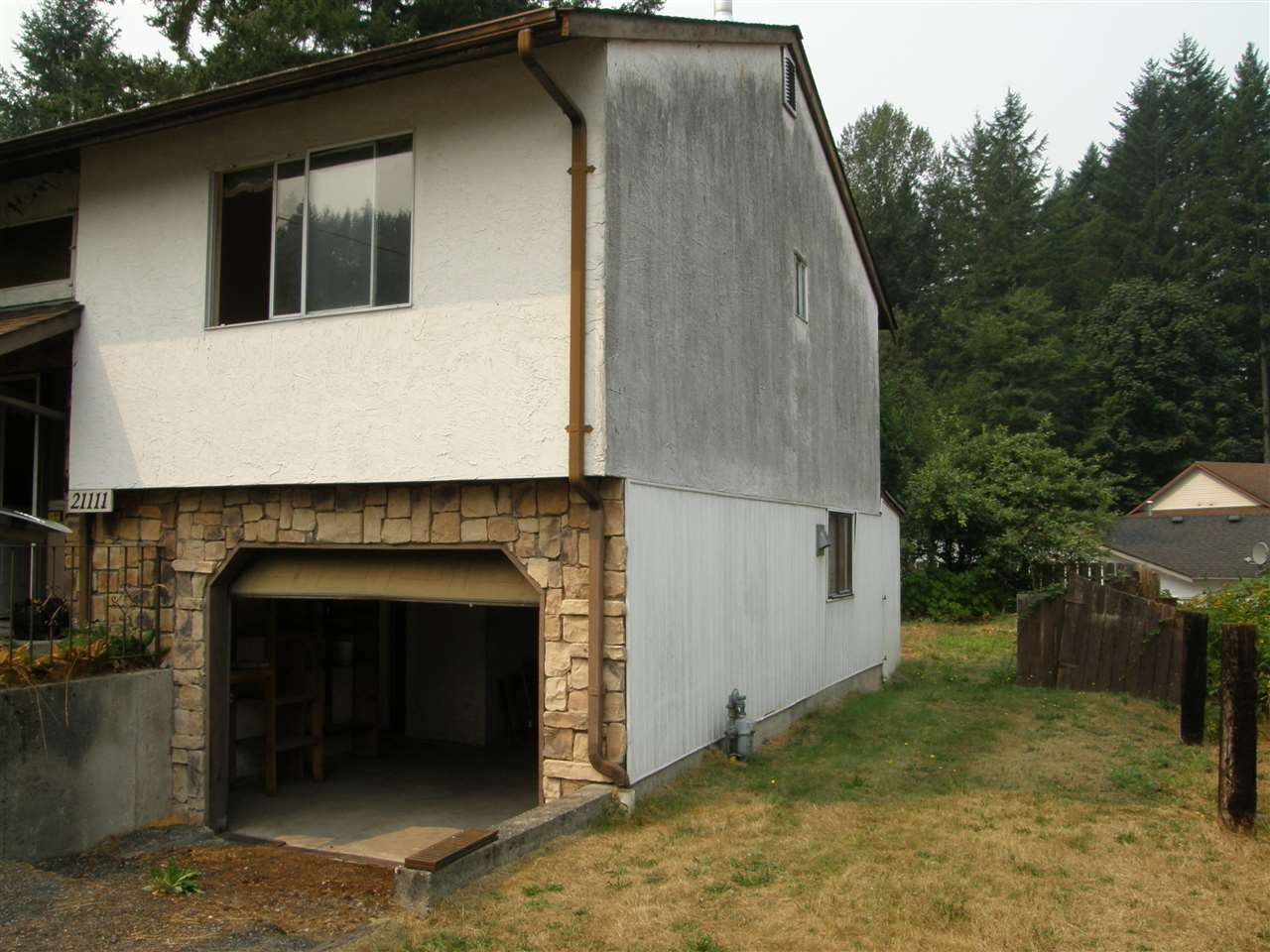 Detached at 21111 LAKEVIEW CRESCENT, Hope, British Columbia. Image 12